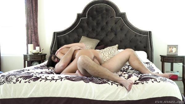 Amateur anal porno con una joven actriz Adriana Chechik