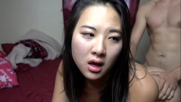 Conoce a una puta asiática que quería hacer el amor toda la noche