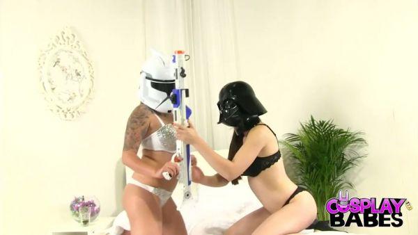 El fetichismo de pies con mega curvas y sexy Darth Vader
