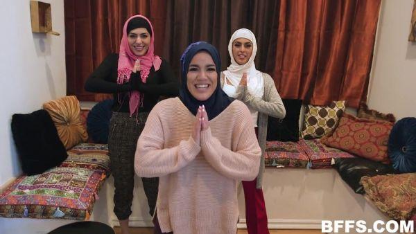 El hiyab parte se convierte en reverse gangbang con la BBC