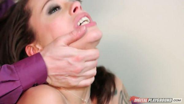 Hermosa DP a la mierda con la hermosa francesa nena Nikita Belucci