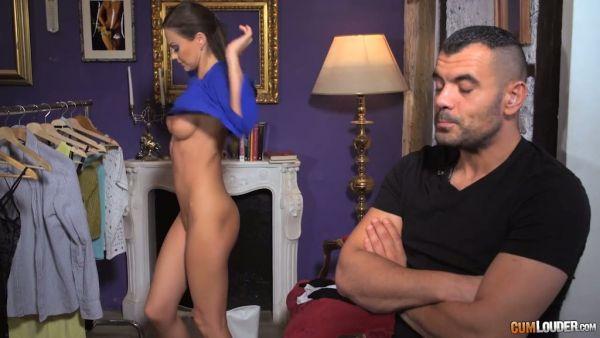 Jefe de la Mafia de la cachonda esposa Tina Kay seduce a su guardaespaldas