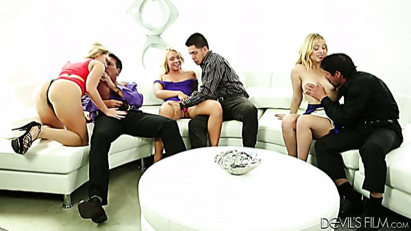 Katarina Kay, Carter Cruise y Lucy Tyler aman el sexo en grupo