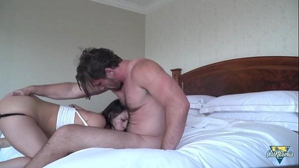 Manuel complace a Samia que quería un buen polvo por el culo