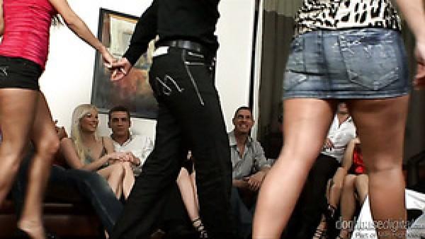 Perras viciosas con cuerpos con curvas follando sucio en un provocativo video de sexo grupal