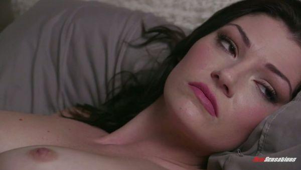 Sexo hambrientos Jessica Rex engaña a su esposo con un masajista