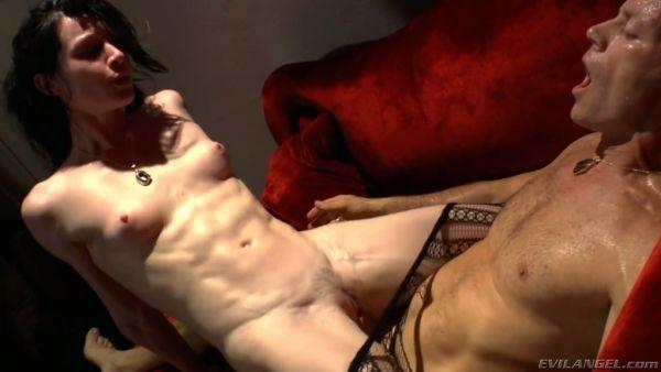 Sucio Lea Lexis es tener una mierda desagradable con notorio Rocco Siffredi